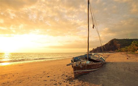 Boat And Pictures by Boat Wallpaper Backgrounds Sailboat Hd Wallpapers