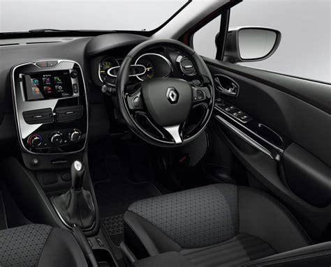 Renault Clio GT-Line (2015) Review - Cars.co.za