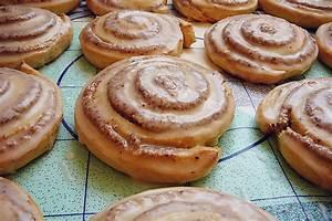 Saftige Hefe Nuss Schnecken (Rezept mit Bild) von ZwergTomate Chefkoch de