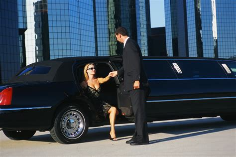 Chauffeur Limousine by Concierge Unique