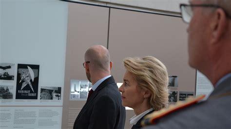 Raum Der Information Am Ehrenmal Der Bundeswehr In Berlin by Btb Concept Presseorgane Gmbh