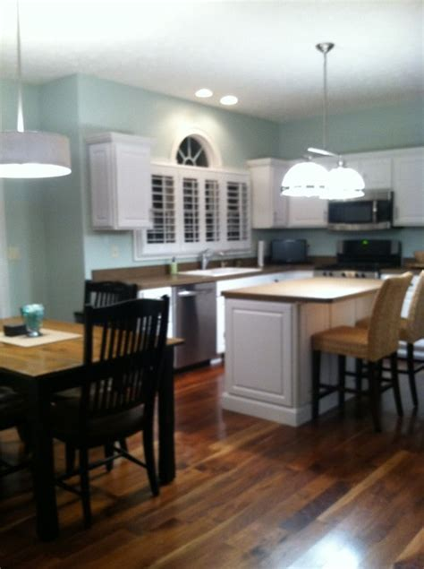 decorating ideas for soffit above kitchen cabinets lovely lights for above kitchen cabinets he36 roccommunity