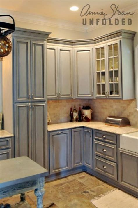 buffets de cuisine how to paint kitchen cabinets with chalk paint