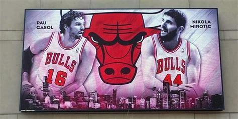 chicago bulls basketball kevin love  cavs chicago