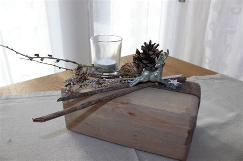 Weihnachtsgestecke Aus Holz by Aw23 Tischdeko Aus Altem Holz Alter Holzblock Nat 252 Rlich
