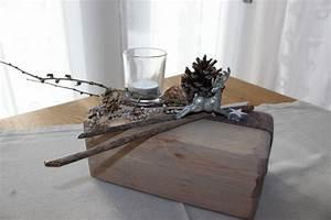 Alte Weinkisten Dekorieren : aw23 tischdeko aus altem holz alter holzblock nat rlich ~ Michelbontemps.com Haus und Dekorationen