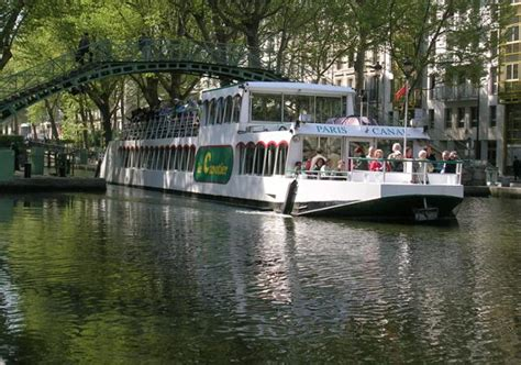 Bateau Mouche Familin Paris by Paris Canal Bootsfahrt Seine Und Kanal Saint Martin