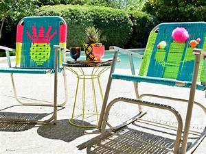 How to Macrame a Vintage Lawn Chair how-tos DIY