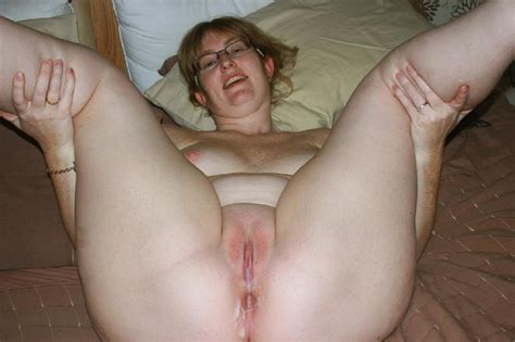 Awesome Homemade Amateur Pussy Spread Gallery 2128