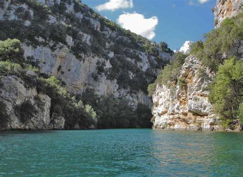 chalet gorges du verdon domaine de gardanne le chalet du lac callas en provence