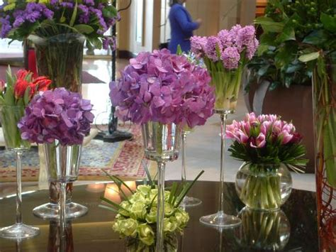 flower table decorations for weddings flowers for flower lovers wedding flowers decoration ideas
