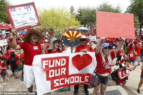 The Latest Arizona District To Keep Schools Closed Monday  Daily Mail Online