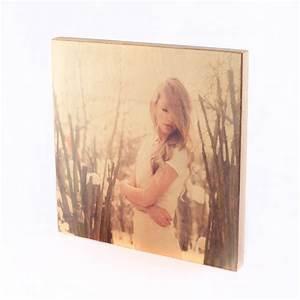 Foto Auf Holz Bügeln : holz bedrucken lassen mit eigenem design druck auf holz mit foto ~ Markanthonyermac.com Haus und Dekorationen