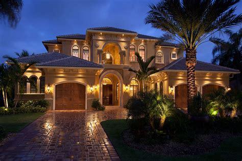 Custom Luxury Homes, Naples Fl  Big Island Builders