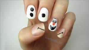 Disney frozen nail art olaf