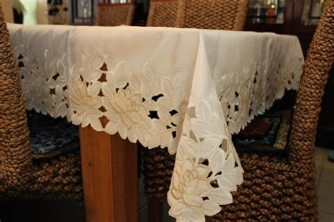 Rectangle/Oblong Embroidered Lace Tablecloth 150X230cm 6 8