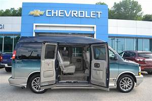 2005 Chevy Express - Explorer Limited X-se