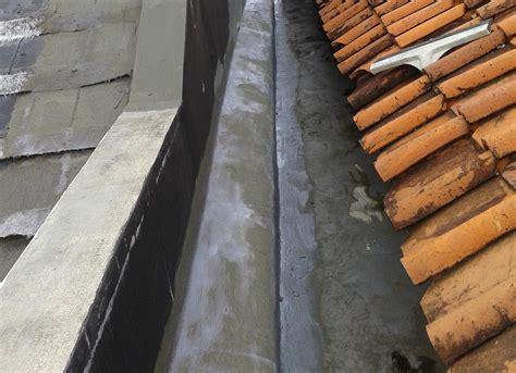 Cara sederhana menambal atap senk rumah yang bocor. Blog Rainbow Group Rainbow Roof Group Penyebab Atap Genteng Bocor Dan Cara Mengatasinya