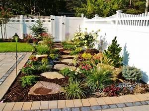 Gartengestaltung Mit Holz : 1001 ideen zum thema blumenbeet mit steinen dekorieren ~ Watch28wear.com Haus und Dekorationen