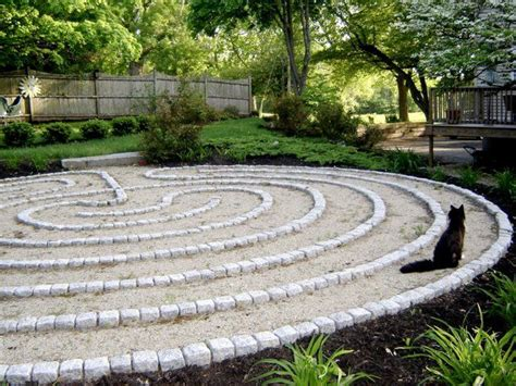 Backyard Labyrinth by 285 Best Images About Labyrinths Not Mazes On
