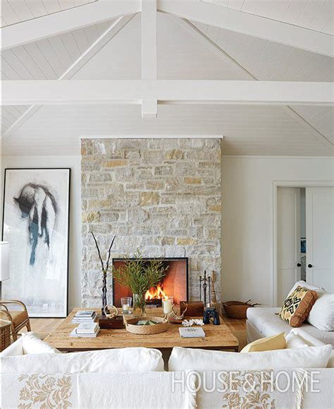 cottage style fireplaces best 25 cottage fireplace ideas on