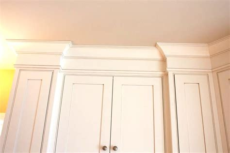 crown molding on top of kitchen cabinets kitchen cabinet cornice details let s the 9833