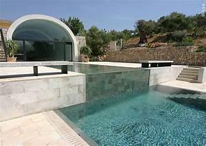swimmingpool schwimmbecken im garten tipps planung With französischer balkon mit garten schwimmbecken
