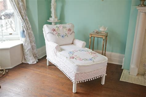 chaise cagne chic chaise lounge shabby chic vintage chenille bedspread