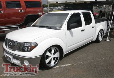 bagged nissan frontier bagged frontier because minitruck pinterest