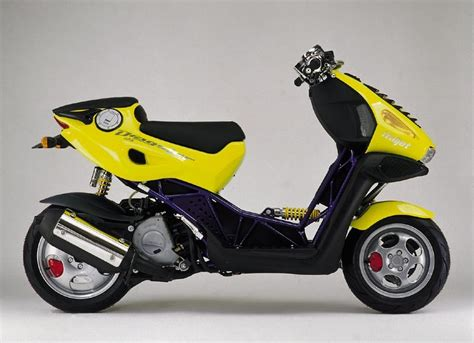 Italjet Dragster 125 (1998-2003) Review, Specs & Prices