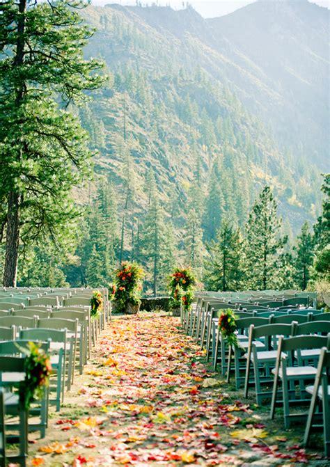 fall wedding venues  locations  fall weddings