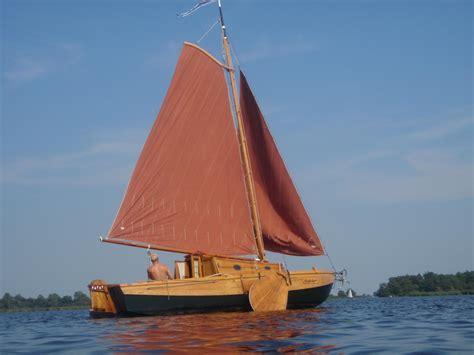 Houten Zeilboot houten schouw zeilboot zeilboten boten verkoop plaats