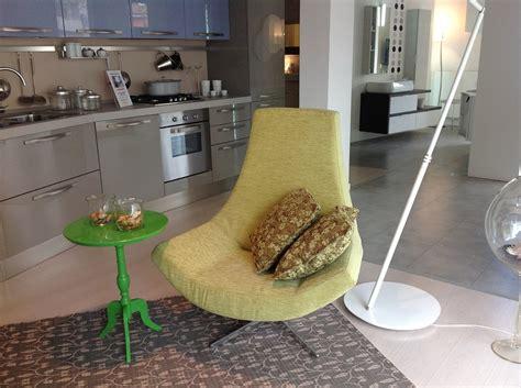 poltrona doimo divano doimo salotti girevole tessuto divani a prezzi