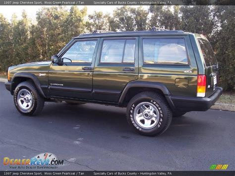 jeep cherokee sport green 1997 jeep cherokee sport moss green pearlcoat tan photo
