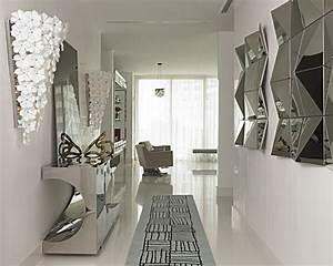 Wanddeko Metall Modern : metall akzente in der einrichtung mit einem warmen oder coolen glanz ~ Frokenaadalensverden.com Haus und Dekorationen