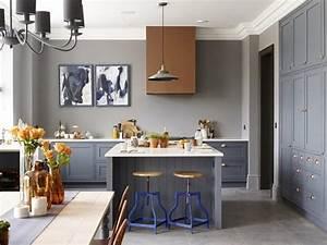 une cuisine a l39ancienne au total look gris With cuisine a l ancienne