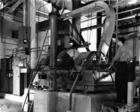 Papier D Arménie Usine : raffineur bauer l 39 usine de p te et papier d 39 edmundston ~ Melissatoandfro.com Idées de Décoration