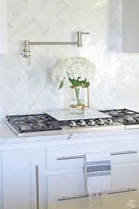 9 simple tips for styling your kitchen counters zdesign With kitchen colors with white cabinets with putting stickers on water bottles
