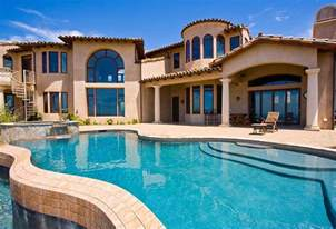 California Big Houses with Pools