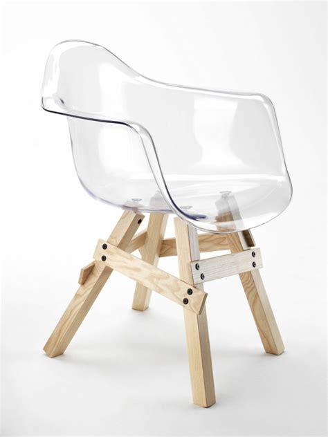 chaise eames transparente chaise design transparente en 34 modèles légers et limpides
