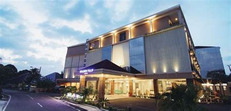 luxury hotels  indonesia     star golden
