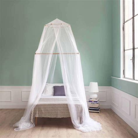 moustiquaire lit tina moustiquaire pour lit une place et demi quatre ouvertures grigolite