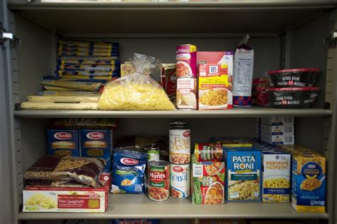 The Pantry Vancouver Food Pantry Aids Hungry Wsuv Students The Columbian