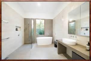 bad mit steinzeugfliesen badgestaltung mit mosaik kreative ideen für ihr zuhause design