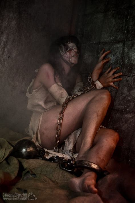 Naked Female Galley Slaves Chained Datawav