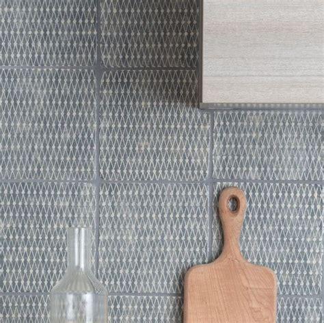 tile backsplash kitchen 10 best images about decorated tiles decori on 2740