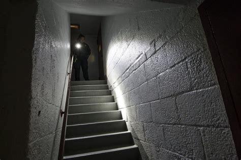 nypd officer shines  flashlight   brooklyn