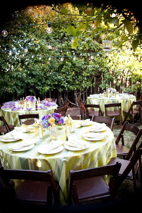 20+ Ideas How to Build Backyard BBQ Wedding Reception