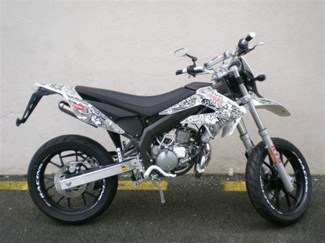 kit deco ktm pour derbi 2009 derbi senda drd racing 50 sm le moto zombdrive