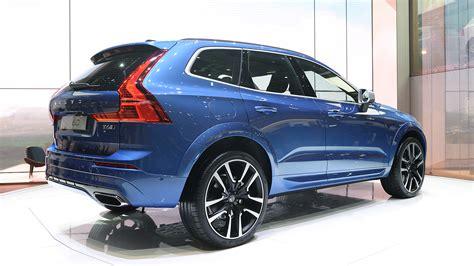 It is now in its second generation. Premiär för Volvo XC60 i Geneve - Bilkoll.se